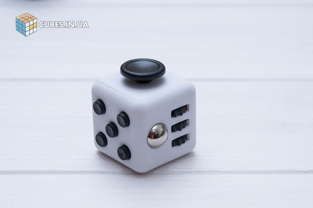 fidget-cube-white-black-2