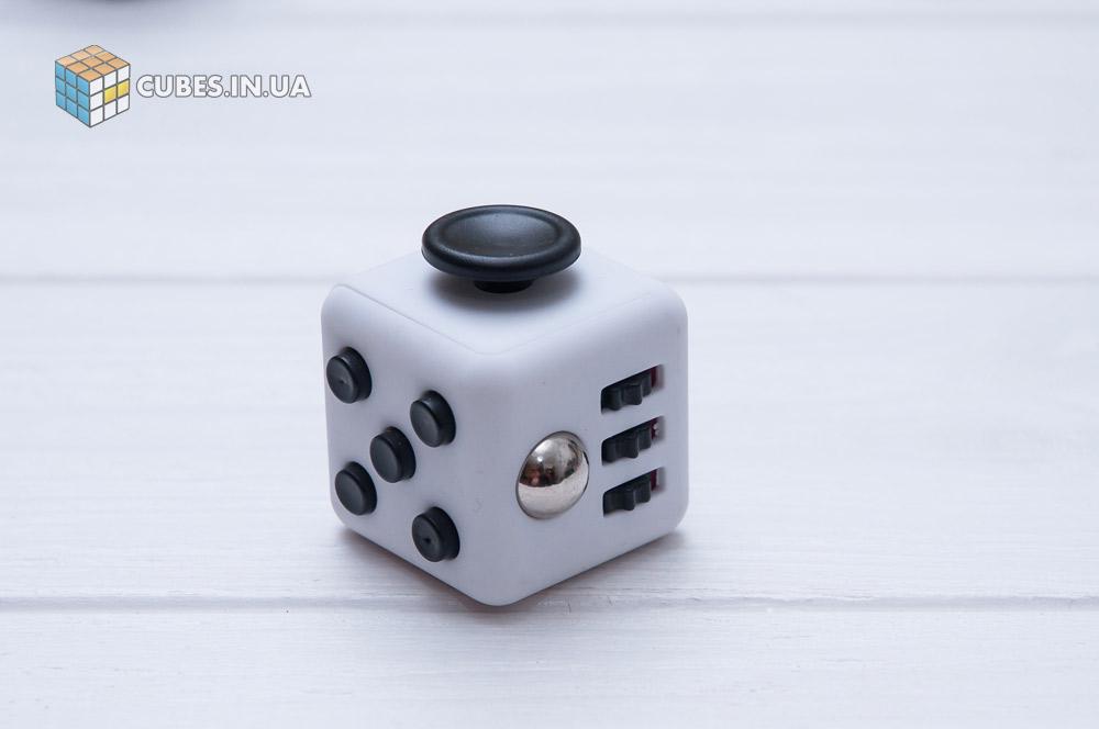 fidget-cube-white-black-2