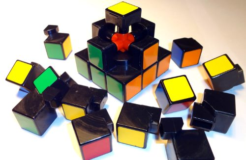 disassembled-cube-puzzle